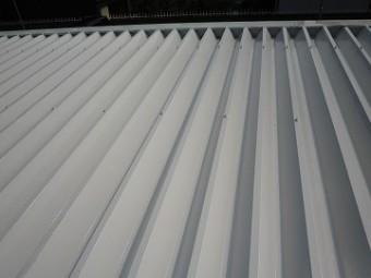 折板屋根上塗り塗装