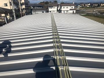 屋根カバー施工