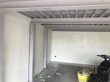 塗装後の車庫