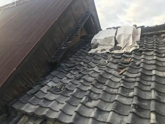 瓦屋根の損傷