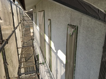 外壁下塗り後