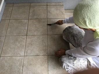 玄関土間掃除