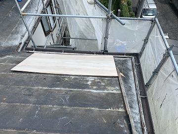 屋根の下地合板増し張り