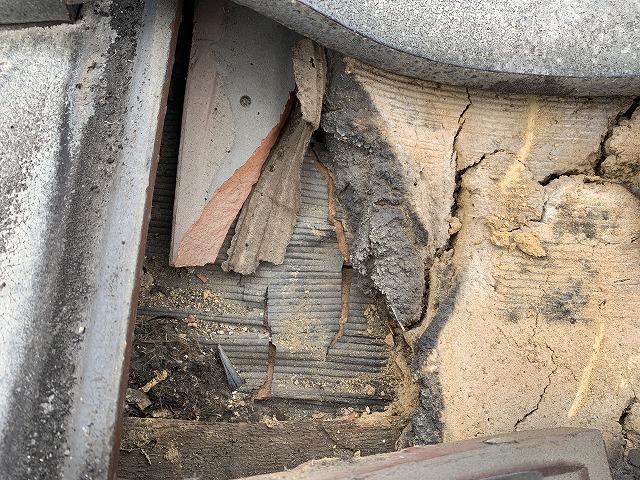 下葺材の損傷