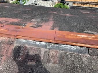 損傷した屋根