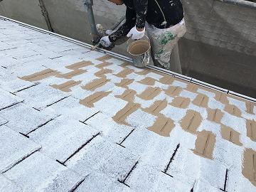 屋根刷毛作業