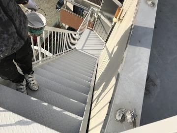 仕上がった鉄骨階段
