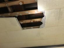 落ちた天井板