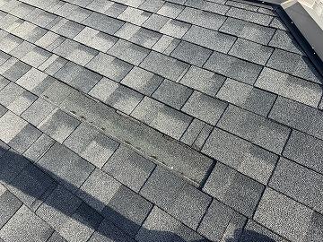 屋根破損部