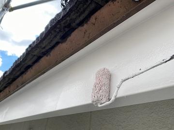 奈良市で雨樋(あまどい)破風板(はふいた)付帯部ウレタン塗装