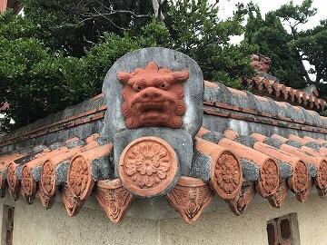 沖縄赤瓦景観1