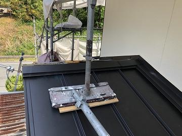下屋根の板金
