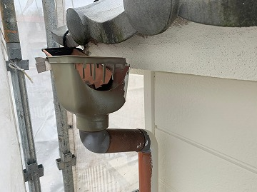 奈良市にて雨樋交換工事